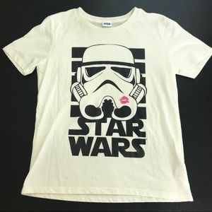Star Wars storm trooper with pink lips shirt